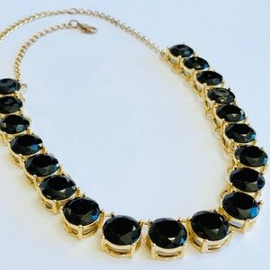 Jewelry - Gorgeous Black + Gold Statement Necklace 🖤